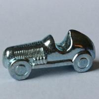 Rennwagen als Monopoly Spielfigur